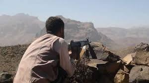 """""""انقسمات حوثية"""" تتطور إلى اشتباكات مسلحة بالعود جنوب محافظة إب"""