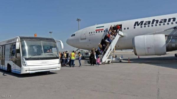 """دول جوار إيران تغلق حدودها لمواجهة  فيروس""""كورونا"""""""