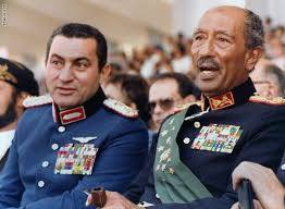 """الرئاسة المصرية تنعي مبارك """"لما قدمه كأحد أبطال حرب أكتوبر"""""""