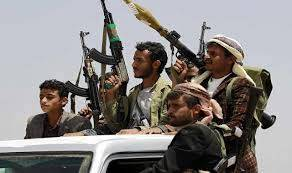 يحدث حالياً في العاصمة صنعاء.. انتشار أكثر من 300 حوثي لاستهداف وابتزاز أصحاب هذه