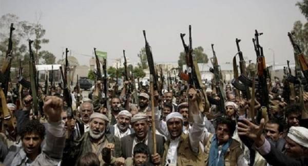 حملة اعتقالات مسعورة في صنعاء.. وفرار قيادات حوثية بعد احتدام صراع أجنحة الحركة (الأسماء)