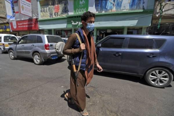 """""""الكارثة المخفية"""" يعلنها وزير صحة الحوثي بإجتماع سري.. حقائق ومعلومات صادمةحول تعامل المليشيا مع ملف كورونا والمصابين"""