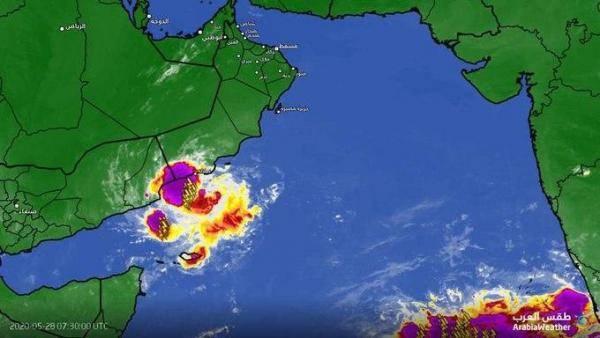تحذيرات لسكان محافظة المهرة  من أمطار غزيرة نتيجة اضطراب مداري في بحر العرب -(تفاصيل)
