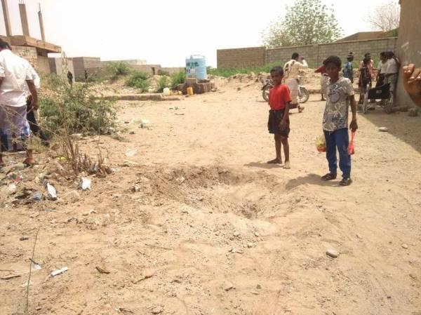 إصابة 3 مدنيين في قصف لمليشيا الحوثي على مدينة حيس بجنوب الحديدة..!