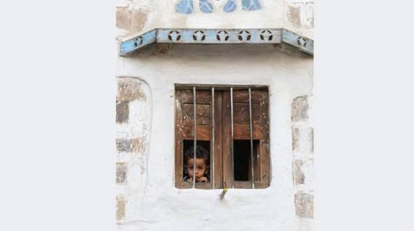 باسندوة: المليشيات الحوثية دمرت 80% من الأبنية المدرسية وتدشن حملة لجني أرباح من عودة المدارس..! – (تفاصيل)