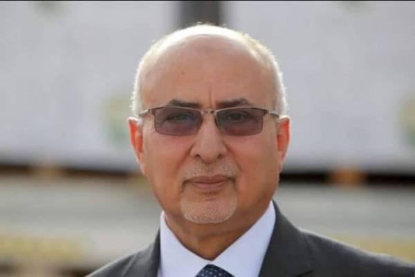 وزير في حكومة الشرعية يدعو المنظمات الدولية زيادة  الحصص الاغاثية للمحافظات