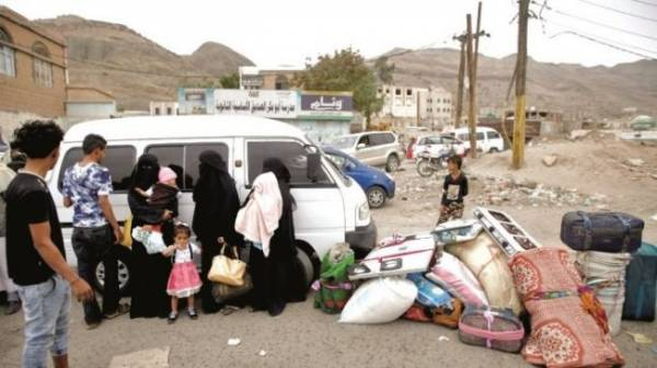 بحثاً عن الحياة بعد أن دمرتها مليشيا الحوثي.. أهالي الحديدة ينزحون إلى المحافظات والمخيمات