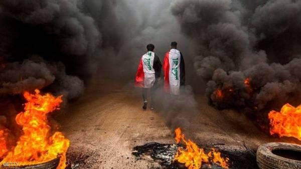 العراق..  متظاهرو البصرة يحاصرون مواقع نفطية