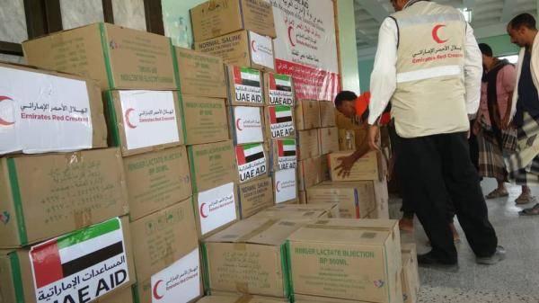 الهلال الأحمر الإماراتي يقدم قافلة مساعدات طبية جديدة للقطاع الصحي اليمني في الساحل الغربي هي الثانية من نوعها خلال شهر