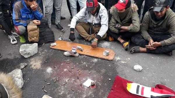 """الرئيس العراقي متألم من """"مجزرة السنك"""".. ويؤكد حق التظاهر ويصف القتلة بالعصابات المجرمة"""