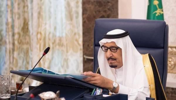 العاهل السعودي يؤكد دعم التحالف العربي لحل سياسي في اليمن وفقاً للمرجعيات الثلاث