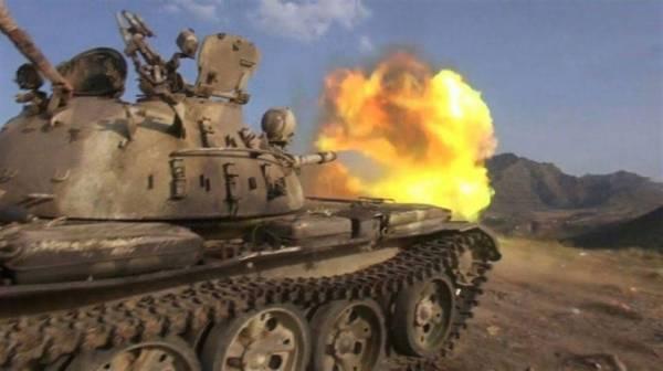 مصرع وجرح 7 من عناصر مليشيا الحوثي في جبهة حمك بالضالع واعطاب دبابة وطقم - تفاصيل