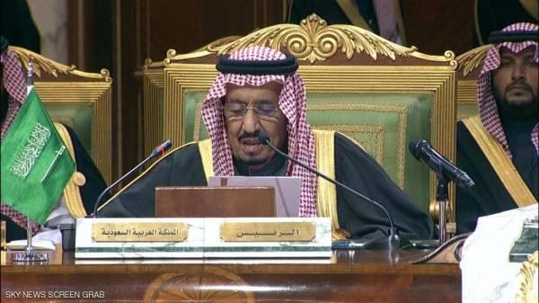 الملك سلمان يدعو دول الخليج والمجتمع الدولي لمواجهة الأعمال العدائية لإيران