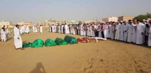 منهم أربعة أطفال  وأربع نساء.. أهالي &#34شليلة&#34 يشيعون شهداء مجزرة الحوثيين  في حرض &#34حجة&#34