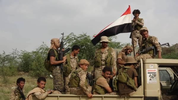تحرير مواقع &#34مهمة&#34 بمساندة مدفعية التحالف العربي في جبهة الشامية بمحافظة صعدة