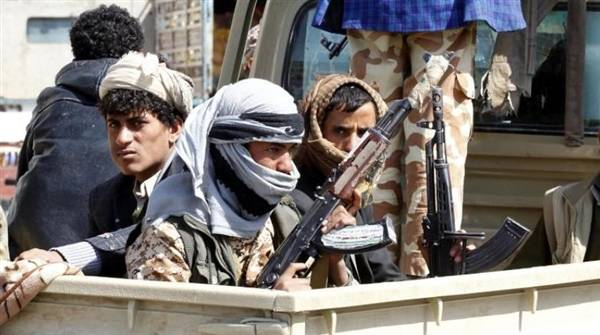 عشرات الجثث لا يعلم احد هوياتها تكدسها المليشيات الحوثية بشكل سري في هذا المكان..!.. ماذا يحدث..؟ - (صورة)