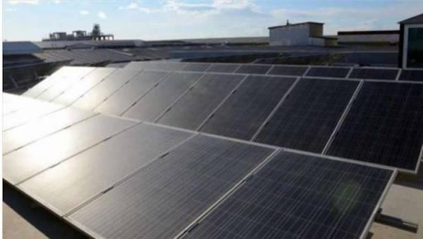 الحديدة.. الهلال الإماراتي يدشن مشروع منظومة طاقة شمسية متكاملة في مديرية الدريهمي