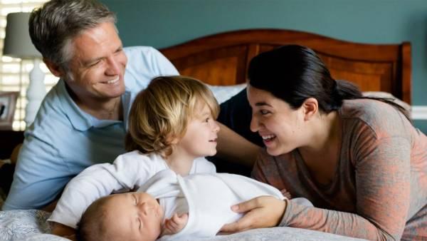 الأطفال يستمدون ذكاءهم من أمهاتهم وليس من آبائهم..!