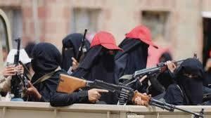"""هذا ما حدث ويحدث في صنعاء.. مصادر تكشف بلطجة المليشيا برفقة """"زينبيات مسلحات"""" لاغتصاب الاملاك ونهب الحقوق"""