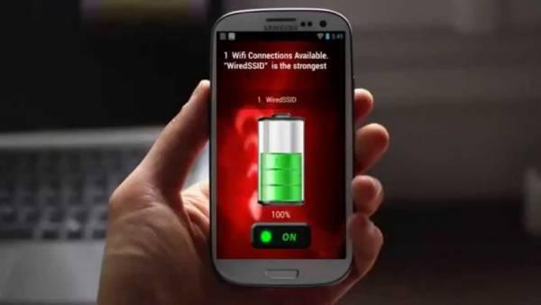 إذا كانت بطارية هاتفك تنفد بسرعة توقف عن استخدام هذا التطبيق.. تعرف عليه