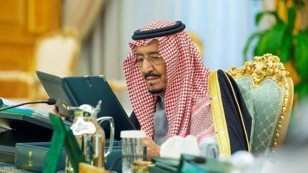 """العاهل السعودي يصدر قرارا بـ """"حظر التجول"""" ابتداءً من الساعة الـ 7 مساءً  حتى الساعة الـ 6 صباحًا ولهذه """"المدة"""""""