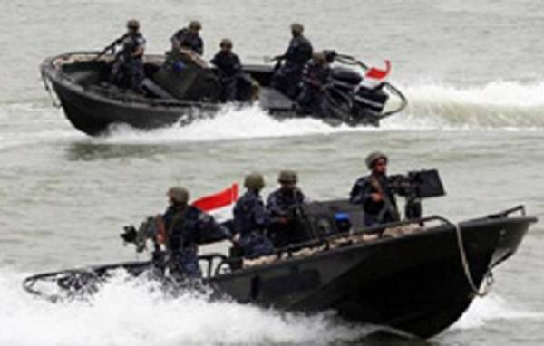 """إجراءات احترازية لـ""""خفر السواحل"""" في قطاع البحر الأحمر لمنع تسرب """"وباء كورونا"""" إلى الأراضي اليمنية"""