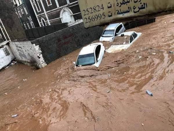 ضحايا وإصابات نتيجة هطول أمطار غزيزة على عدن - صور