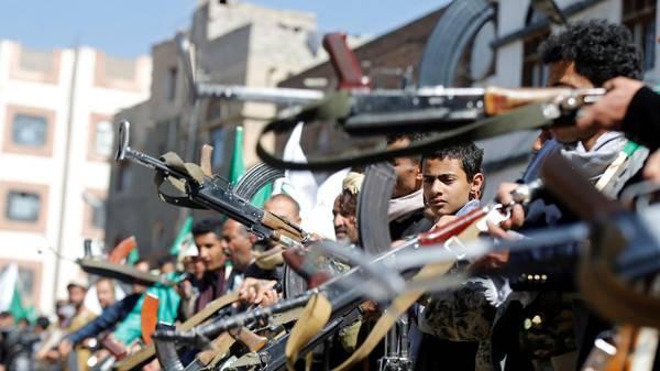 منظمة دولية: إيران تزود الحوثيين بمتفجرات الصخور الشبيهة بما يمتلكه حزب الله