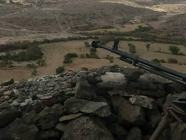 """هجوم من جهات عدة على مواقع الحوثيين بجبهة """"كرش"""""""