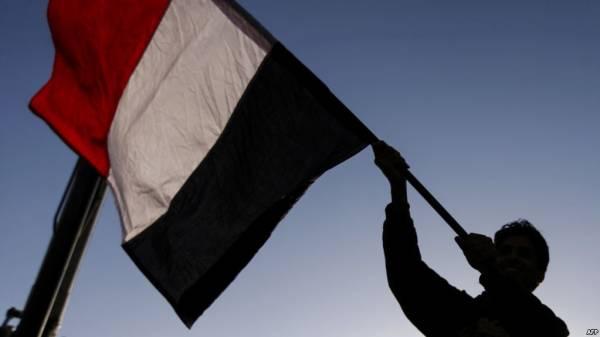 """معهد """"بروكينغز"""" الأمريكي: مخاطر الصراع في اليمن تزداد وفرص الحل السلمي تتضاءل"""