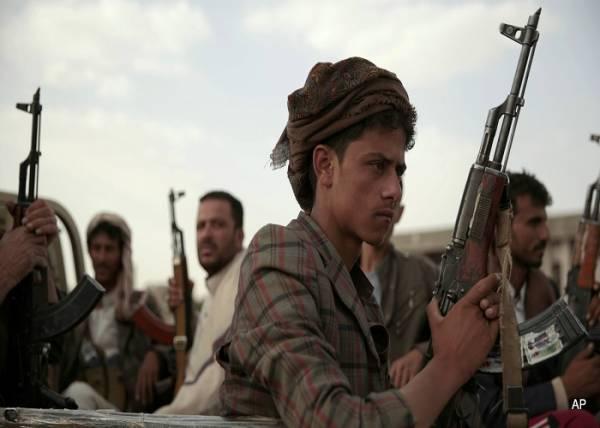 مليشيا الحوثي تخطط لتنفيذ عمليات ارهابية بحق أسرى