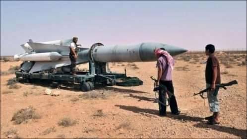 فرنسا تؤكد بأن ايران تزود الحوثيين بالأسلحة