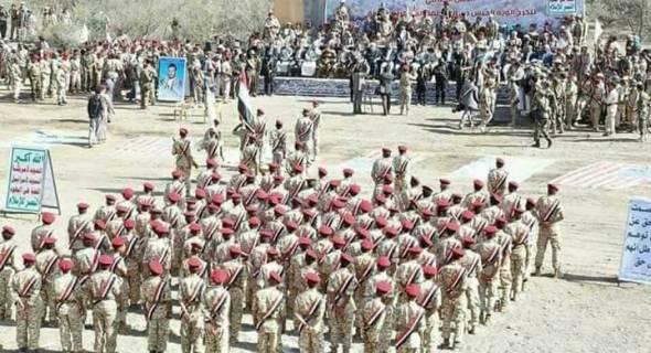 """تغادر بعد وصولها بساعات.. """"تعزيزات استعراضية"""" يرسلها الحوثيون للجبهات لرفع معنويات مقاتليهم"""
