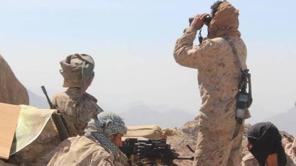 الجيش اليمني يقترب من مسقط رأس الحوثي
