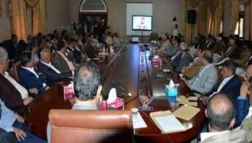 حكومة المليشيات تعمم المحاضرات الطائفية على الدوائر الحكومية لحوثنة الحياة العامة