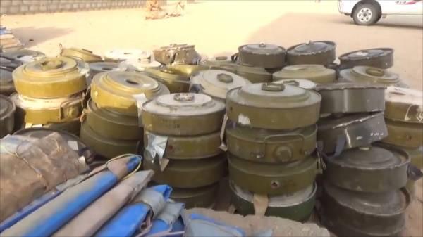 مفارقة مثيرة للسخرية: المليشيات الحوثية تزرع الألغام وتتلقى دعماً أممياً للتوعية بمخاطرها!