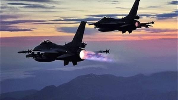 مقاتلات التحالف تدمر مخازن سلاح ومراكز عسكرية للمليشيات في معقلها (تفاصيل)