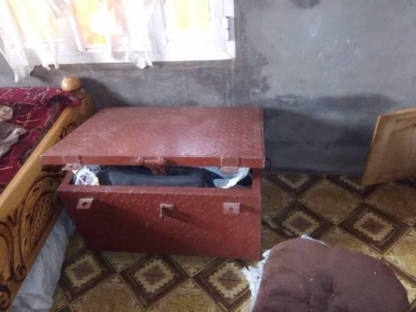 مليشيا الحوثي تواصل اقتحام ونهب مساكن المواطنين في الحشاء بالضالع
