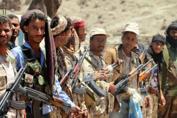 480 قتيلاً و 60 أسيراً بينهم قيادات.. خسائر مليشيا الحوثي في جبهات الضالع في عشرة أيام..! – (تفاصيل)