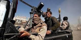 الحوثيون يعززون بمقاتلين إلى مدينة الحديدة بعد مسرحيتهم الهزلية في الموانئ..! – (تفاصيل)