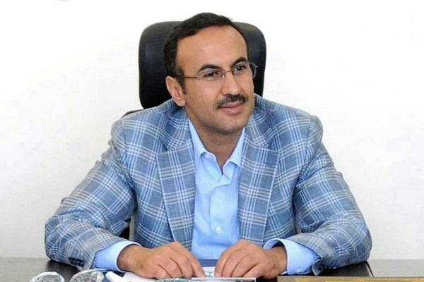 السفير أحمد علي عبدالله صالح يعزي بوفاة العميد مهدي العولقي