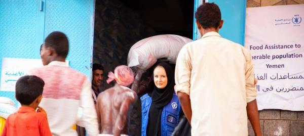 برنامج الغذاء العالمي يضغط لتطبيق نظام يمنع مليشيات  الحوثي من سرقة المساعدات