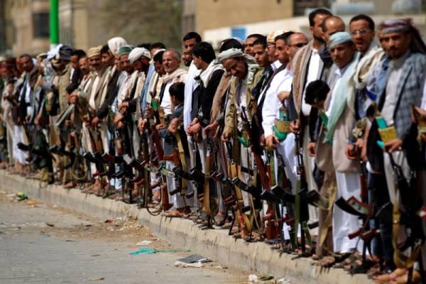 بالصورة.. الحوثيون يختطفون صحفياً في صنعاء لهذا السبب...! (صورة)ا