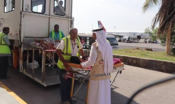 الإمارات تنقل 31 من جرحى الضالع والساحل الغربي للعلاج في الهند