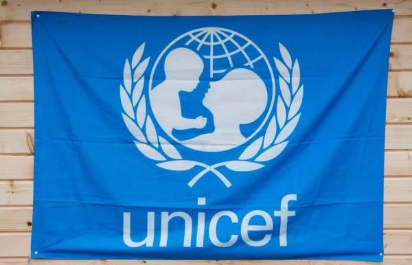 اليونسيف تقدم مساعدات إيوائية لنازحي المخا