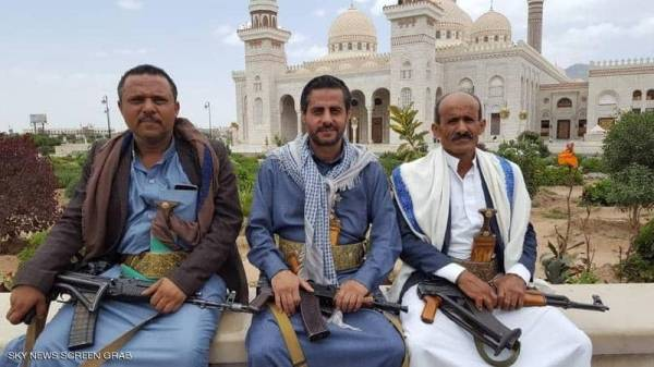 """سوق الصفقات """"الصريحة"""" والانشقاقات """"المريحة"""".. الجوف محور أصدقاء الحوثي..!؟"""