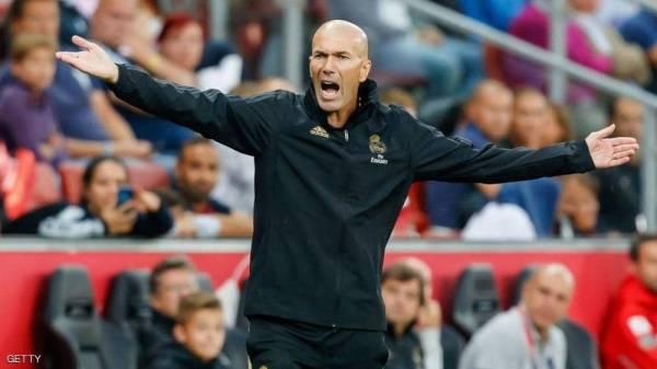 """زيدان يقود """"ثورة الفرنسية"""" داخل ريال مدريد"""