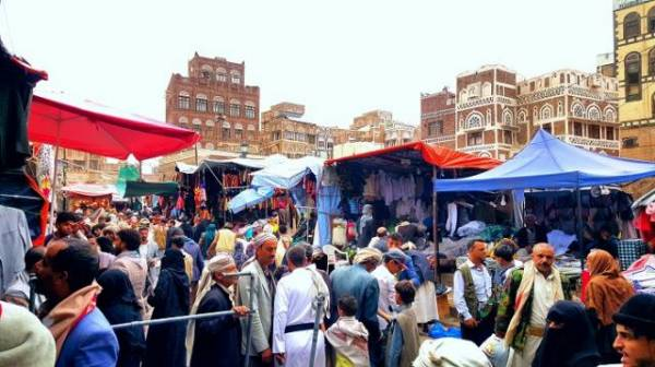 الحوثيون يخططون لإغلاق عدد من الأسواق الرئيسية في صنعاء ومصادر تكشف السبب..!