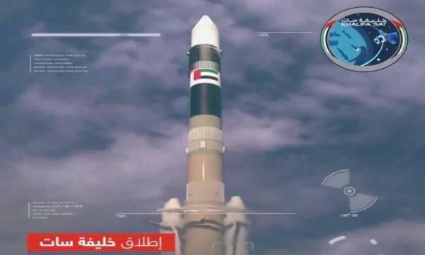 الإمارات تغزو الفضاء الخارجي و تطلق قمرها الصناعي الأول &#34خليفة سات&#34