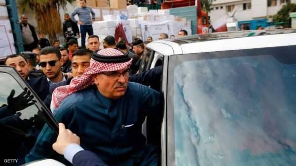 بعد رشقه بالحجارة.. صفعة فلسطينية أخرى لسفير قطر !